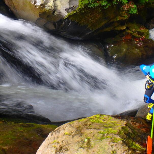 Azores-canyoning-rapel