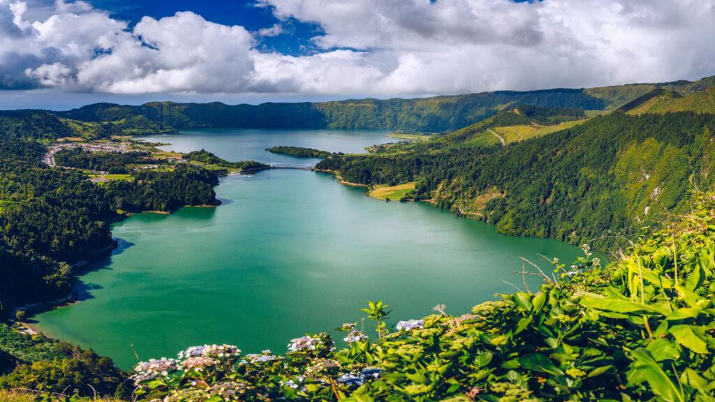 Miradouro da Vista do Rei - São Miguel - Ilha Verde